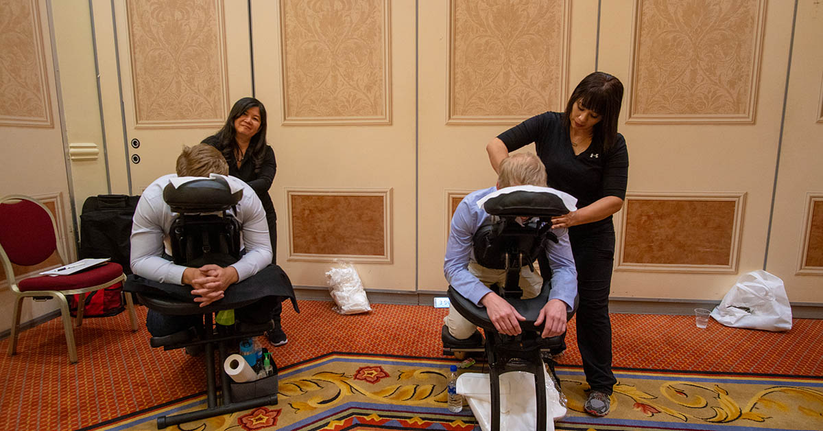 relax-room-back-massages-isc-west-2019